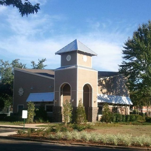 The Park at Moss Creek Apartments, Jackson, MS - Gated Community