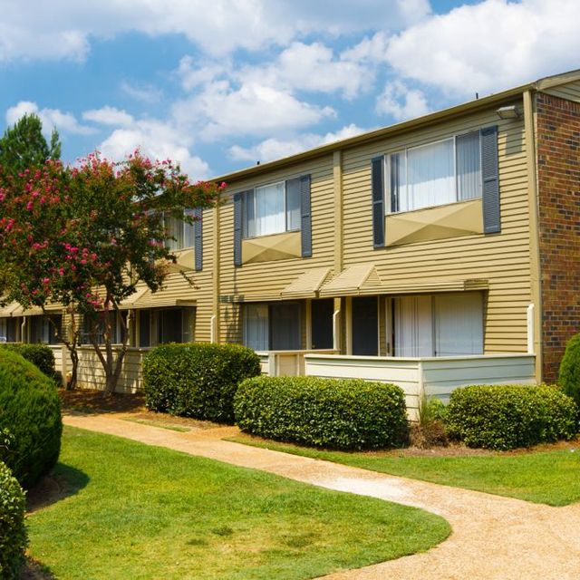 The Park at Moss Creek Apartments, Jackson, MS - Townhomes 2
